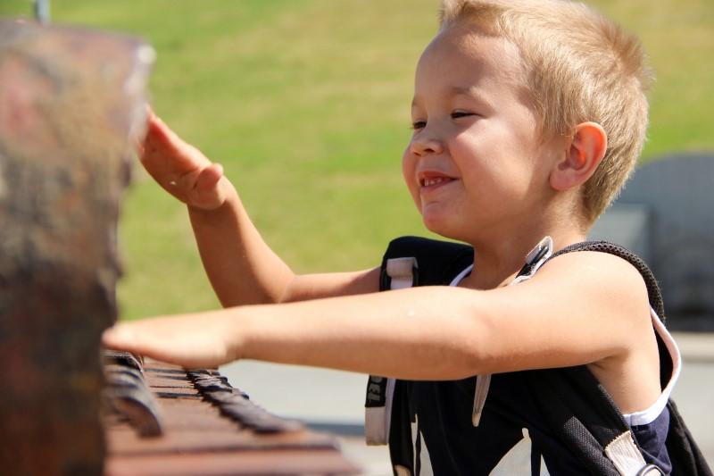 piano spelen tijdens vakantie