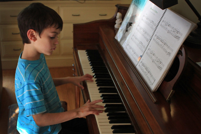 De juiste houding voor het piano spelen